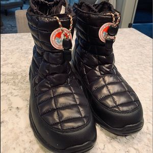 NWT North Face Boots Size 13
